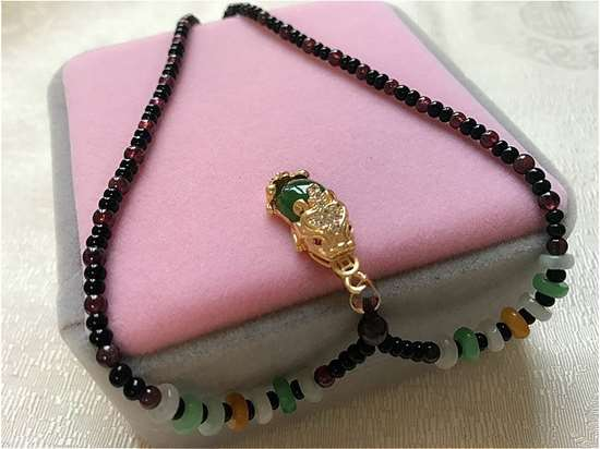 Picture of Garnet Gemstone with Delicate  Green Crystal Pi Xiu Pi Yao Pendant Women Necklace