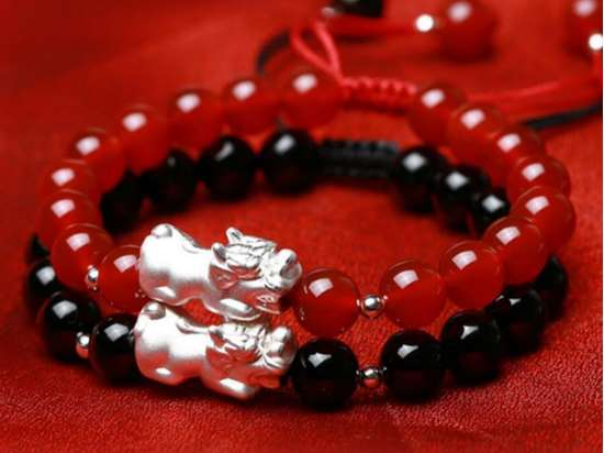 Picture of Red Agate 3D 999 Silver/Gold Plated Pi Xiu Pi Yao Charm Bracelet to Bring Luck and Wealth