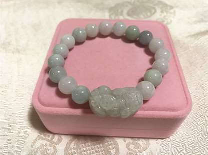 Picture of Natural Pixiu Jade Pi Yao Charm Bracelets & Bangle Jewelry, Pi Xiu Lucky Amulet for Women Feng Shui Lucky Jewelry