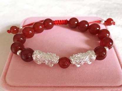 Picture of Red Rope Red Agate Charm Bracelet with Double 3D 999 Silver Pi Xiu/Pi Yao for Good Luck and Wealth