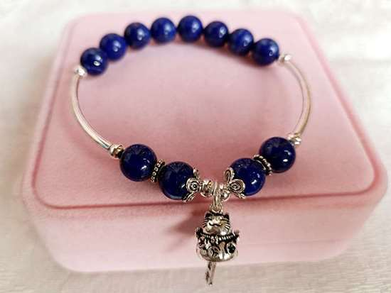 Picture of 925 Silver Fortune Cat / Maneki Neko Lapis Lazuli Charm Bracelet to Attract Good Luck and Fortune